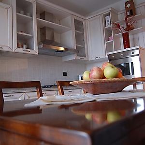 19 cucina angolare patinato bianco anticato