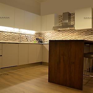23 ambiente cucina moderno penisola tavole venete